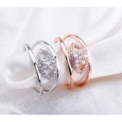 Top minőségű koreai stílusú bájos virág alakú női divat fülbevaló