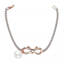 Virág alakú medálos nyaklánc