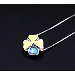 Nyitott ródium gyűrű kristályokkal